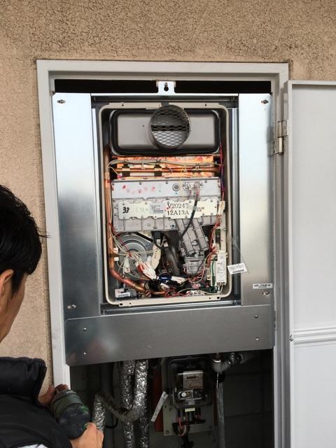 ガス給湯器取替 施工後