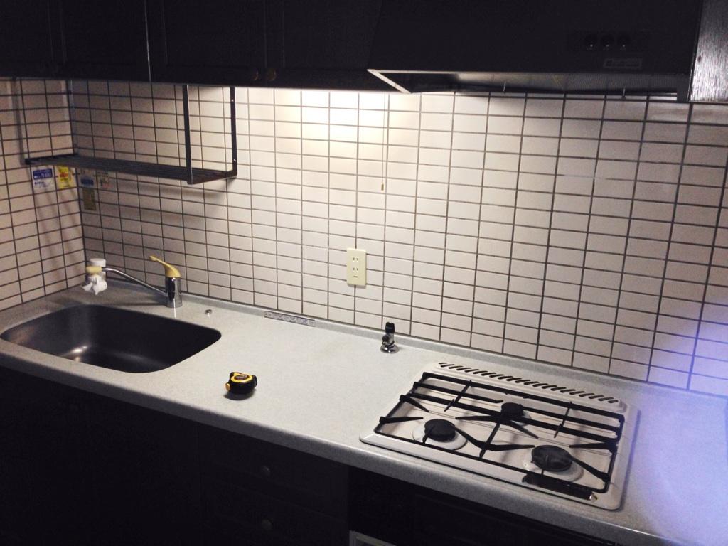 キッチン壁開口 施工前